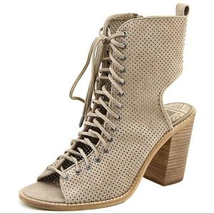 Dolce Vita Lira suede heel sandal size 9